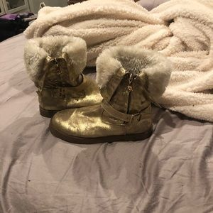 Preloved Gold boots. Trade/offer accepted